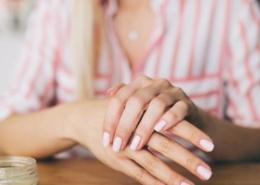 szorstkie dłonie